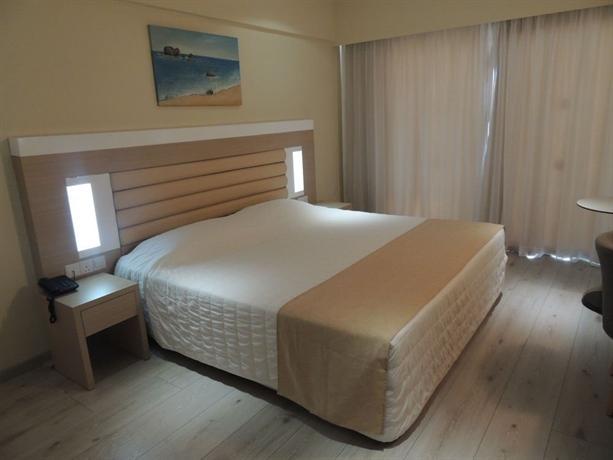 Anesis Hotel Ayia Napa - dream vacation
