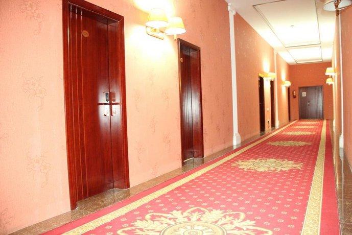 Firuz Hotel