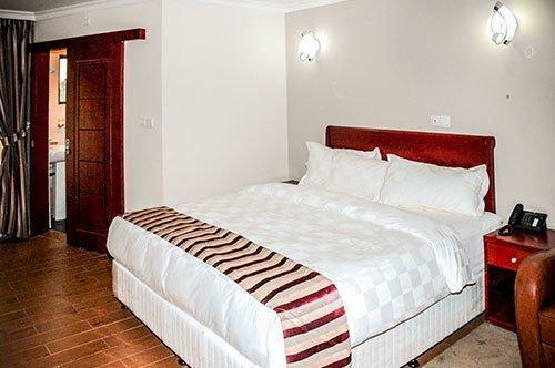 Hotel La Falaise Yaounde - dream vacation