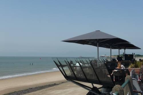 Studio met Zeezicht nabij strand - dream vacation
