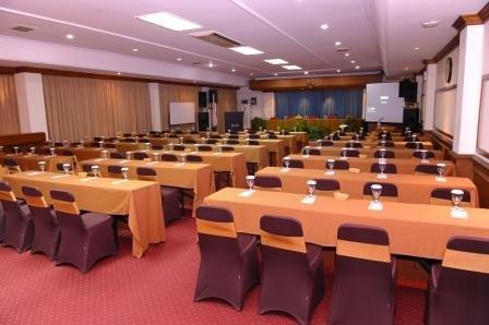 Plaza Hotel Semarang - dream vacation