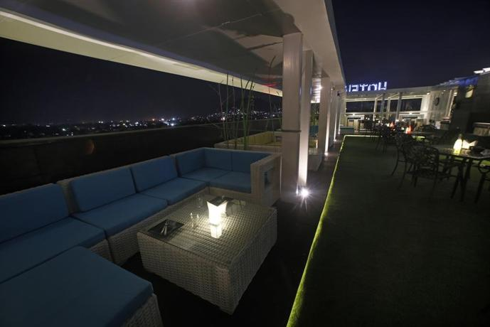 Xenious Ln Courtyard Hotel - dream vacation
