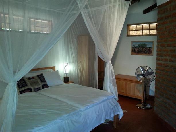 Ng\'ona Lodge - dream vacation