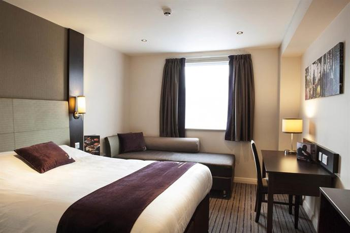 Premier Inn Honiton - dream vacation
