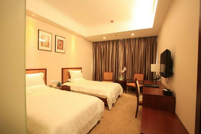 GreenTree Inn HeBei LangFang GuangYang District High-speed Railway Station Business Hotel - dream vacation