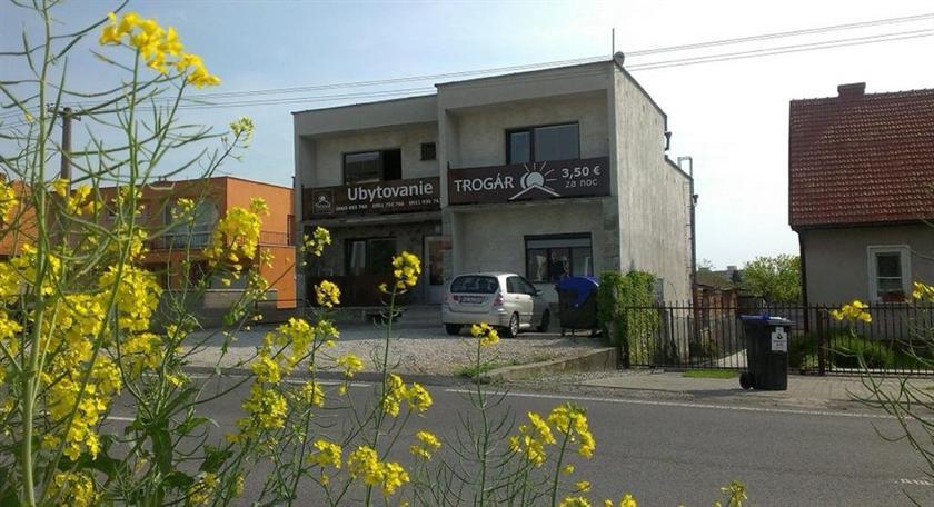 Hostel Trogar - dream vacation