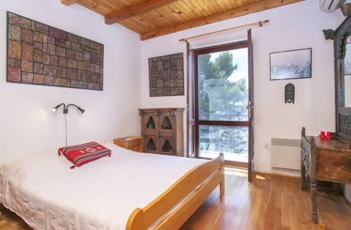 Holiday Home Villa Silivija - dream vacation