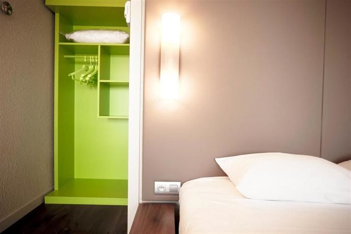 Campanile Avignon Sud Montfavet La Cristole Hotel - dream vacation