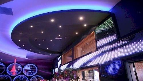 Queens Hotel & Nightclub - dream vacation