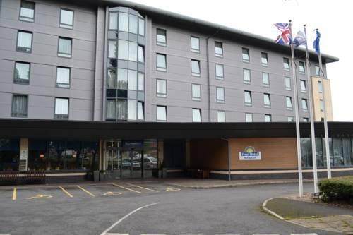 Days Hotel Derby - dream vacation