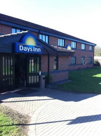 Days Inn Warwick Northbound M40 - dream vacation