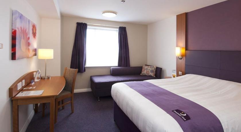 Premier Inn Portsmouth - Port Solent - dream vacation