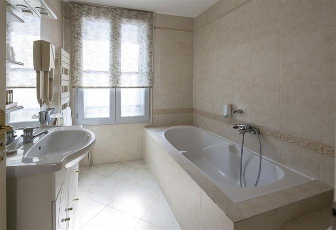 Royal Hotel Montpellier - dream vacation