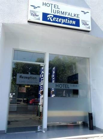 Turmfalke Hotel Linz - dream vacation
