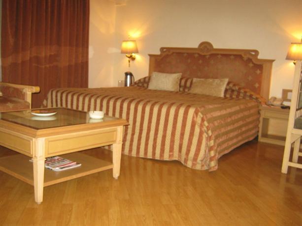 The Pride Hotel Nagpur - dream vacation