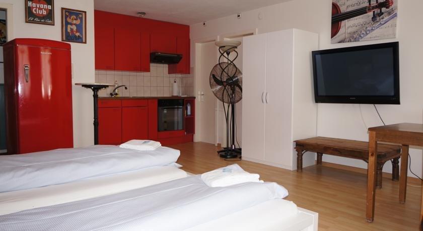 ZAK Hotel & Backpackers - dream vacation