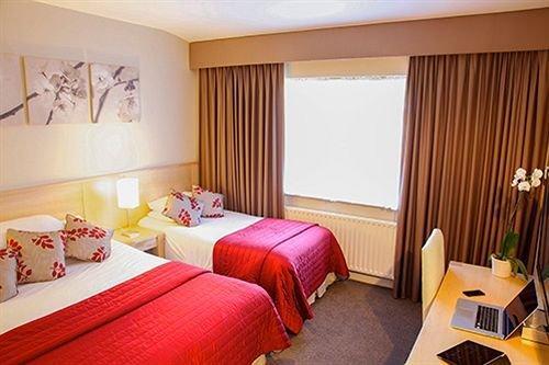 The Glenside Hotel - dream vacation