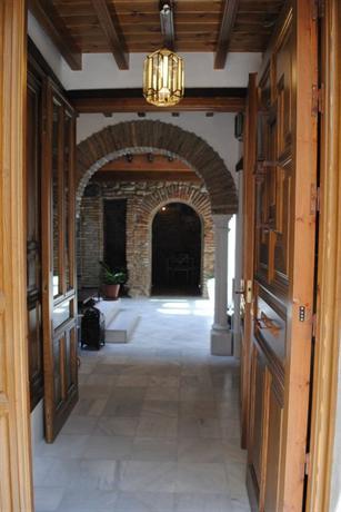 Apartamentos Turisticos Alhambra - dream vacation