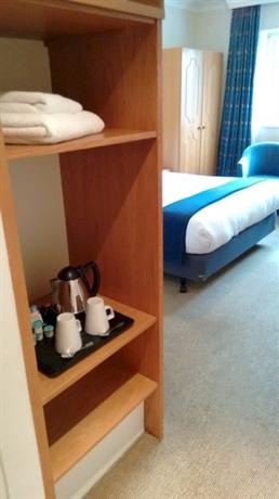 Holiday Inn Edinburgh - dream vacation