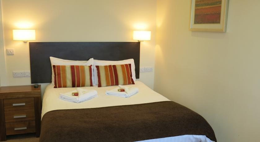 The Glengower Hotel - dream vacation