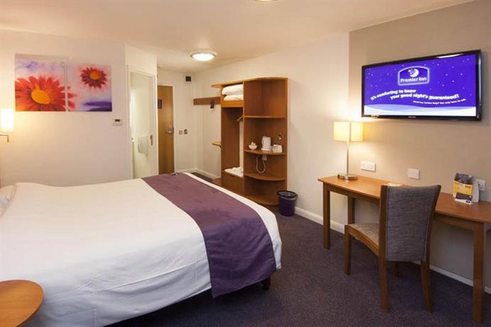 Premier Inn Cardiff City Centre - dream vacation