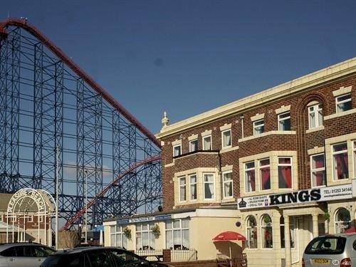 Kings Hotel Blackpool - dream vacation