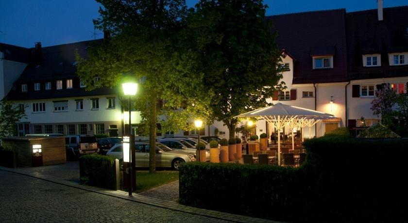 Hotel Restaurant Lowen Ulm - dream vacation