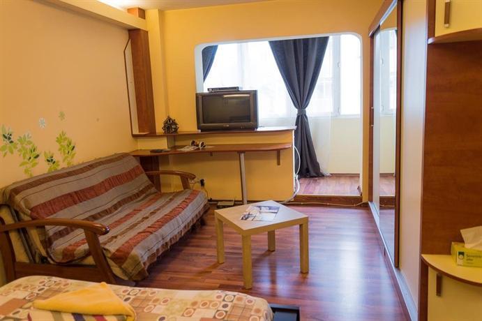 Bucharest apartments accommodation bucarest confronta le for Bucharest apartments