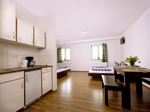 Sleepy Lion Hostel Youth Hotel & Apartments Leipzig - dream vacation
