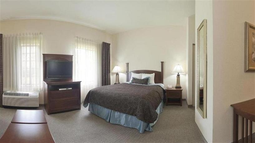 Staybridge Suites Jacksonville Florida - dream vacation