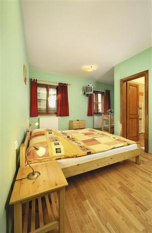 Hotel Garni Mysi Dira - dream vacation