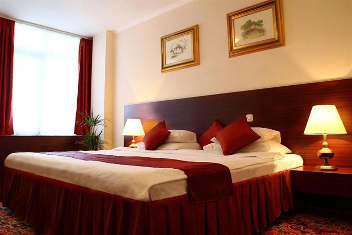Hotel Holiday Zagreb - dream vacation