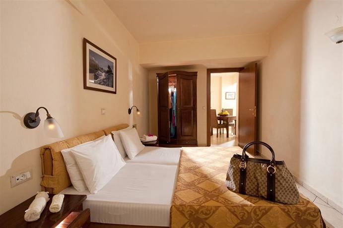 Lefteris Apartments - dream vacation