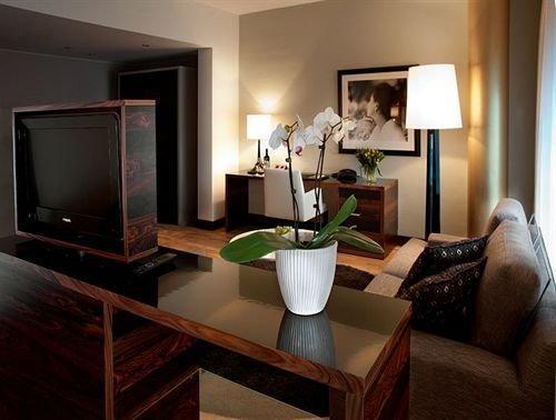 Elite Hotel Marina Tower - dream vacation