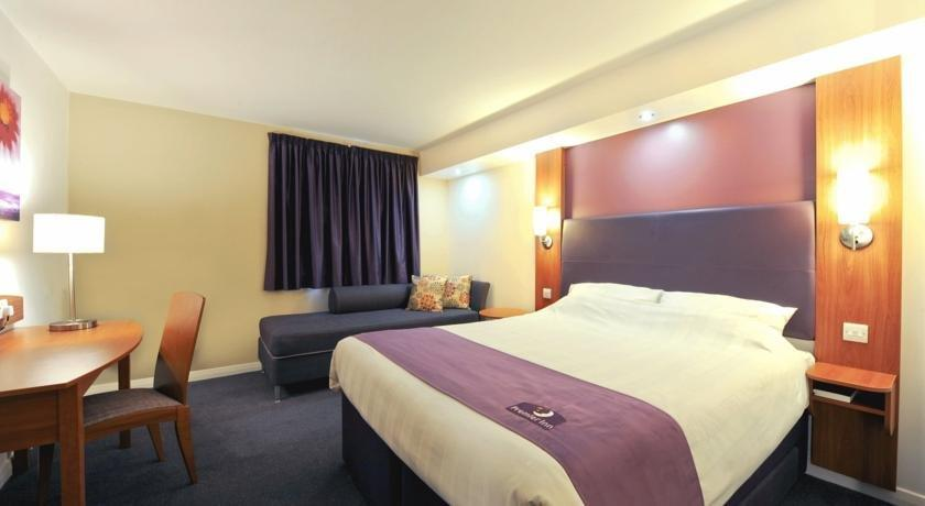 Premier Inn Newark England - dream vacation