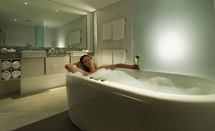Coconut Grove Apartments - dream vacation