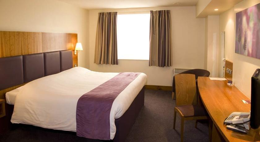 Premier Inn Dundee Centre - dream vacation