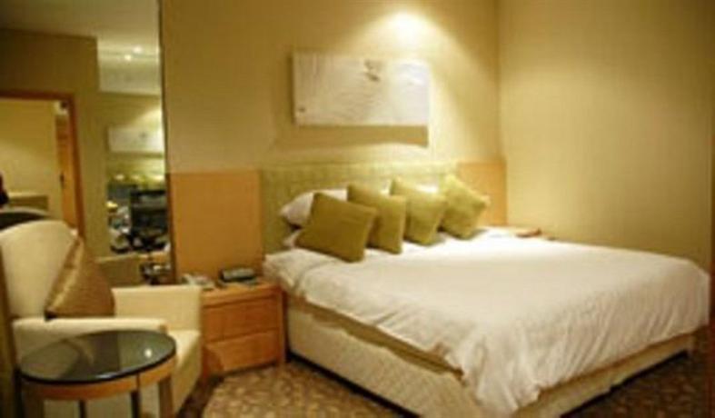 Richmond Stylish Convention Hotel - dream vacation