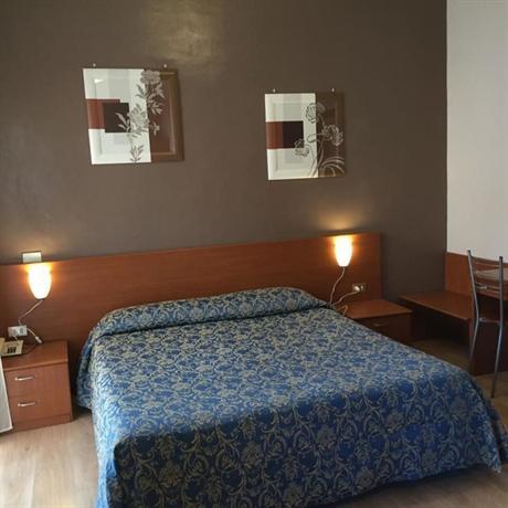 Hotel Adriano Turin - dream vacation