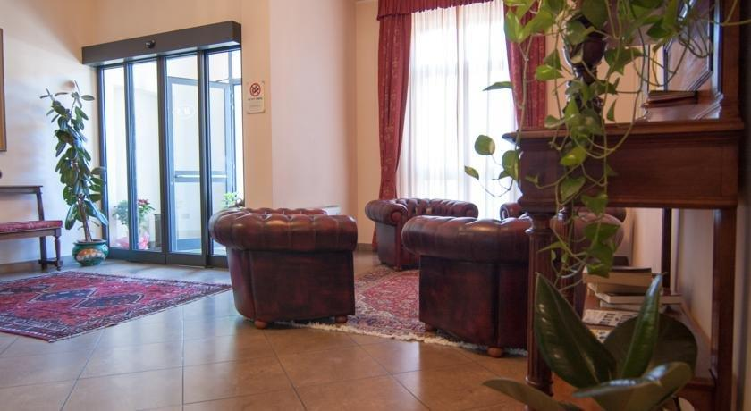 Stazione Hotel Livorno - dream vacation