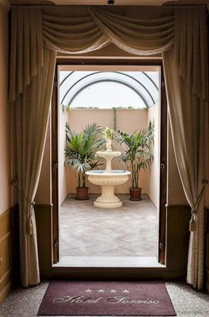 Hotel Sorriso Lucera - dream vacation
