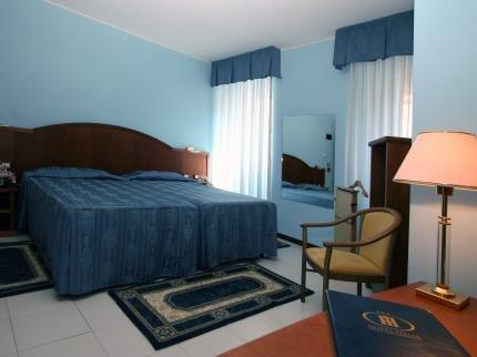 Hotel Italia Trieste - dream vacation