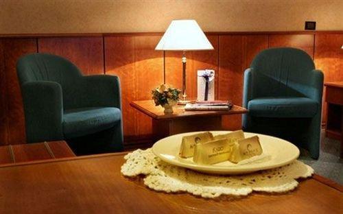 Air Palace Hotel - dream vacation