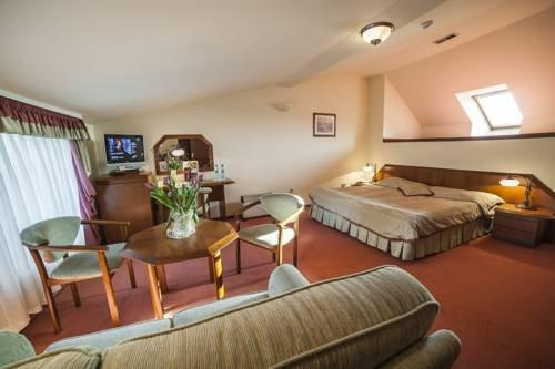 Piwnica Rycerska Restauracja Hotel Kety - dream vacation