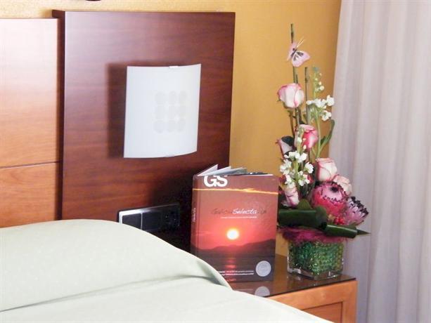 Hotel Virgen Del Camino - dream vacation