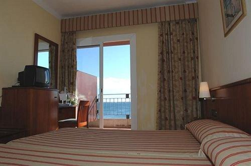Hotel Montecarlo Roses - dream vacation