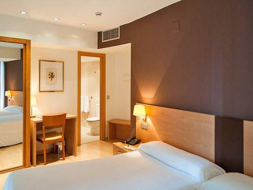 Hotel Exe Puerta de San Pedro - dream vacation