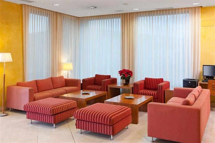 Hotel City Express Santander Parayas - dream vacation