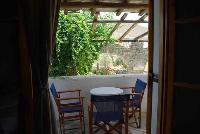 Siroco\'s Rooms and Studios - dream vacation