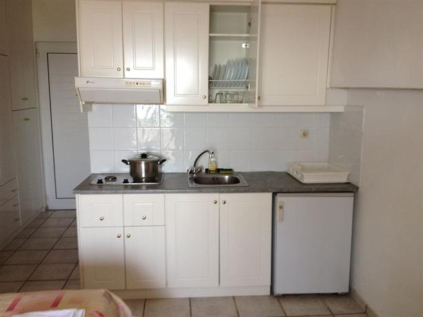 Gikas Apartments - dream vacation